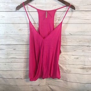 🍍4/$20 Color Thread T Back tank hot pink size S
